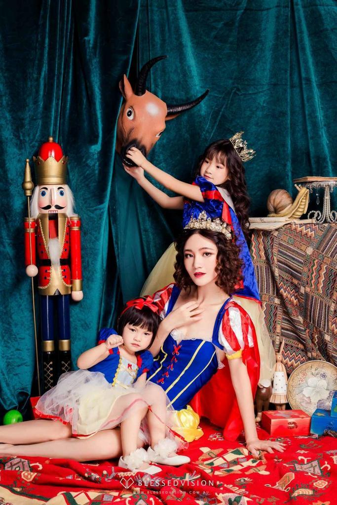 family baby newborn portrait photography Blessed Vision 人像摄影 宝宝照 棚拍 孕妇照 中国风 (1 of 98)