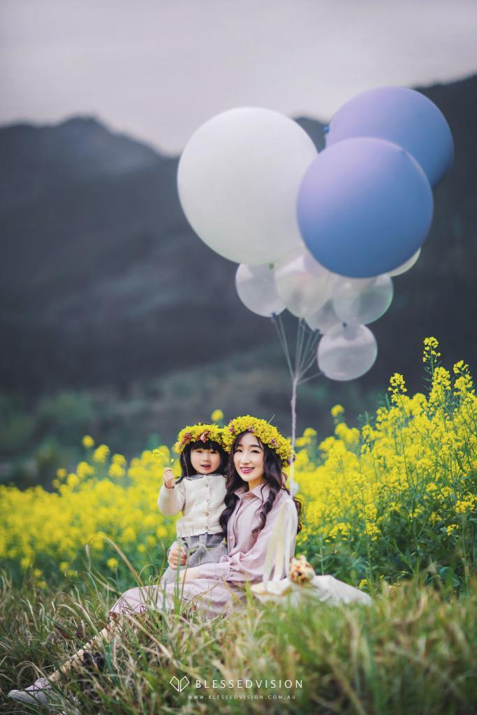 Canola flower Family fun family baby newborn portrait photography Blessed Vision 人像摄影 宝宝照 棚拍 孕妇照 中国风 (1 of 42)
