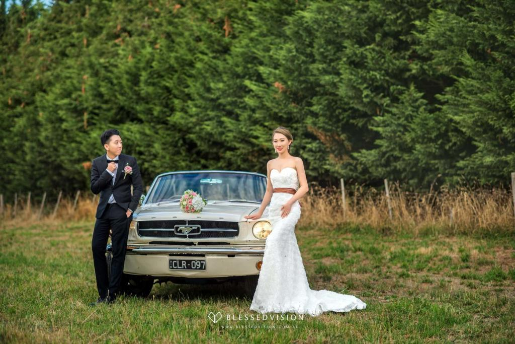 Vintage Car retro Prewedding Wedding Photography Melbourne Sydney Australia (1 of 8)